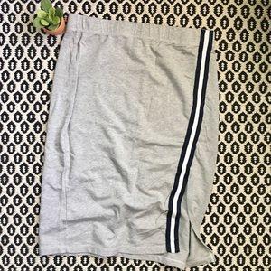 Splendid Sweatshirt Style Skirt with Racing Stripe